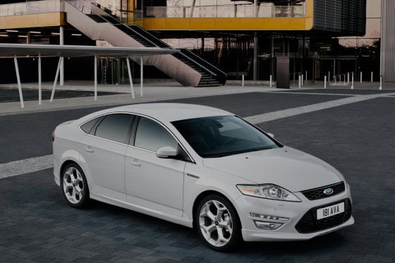 2011 ford mondeo 14