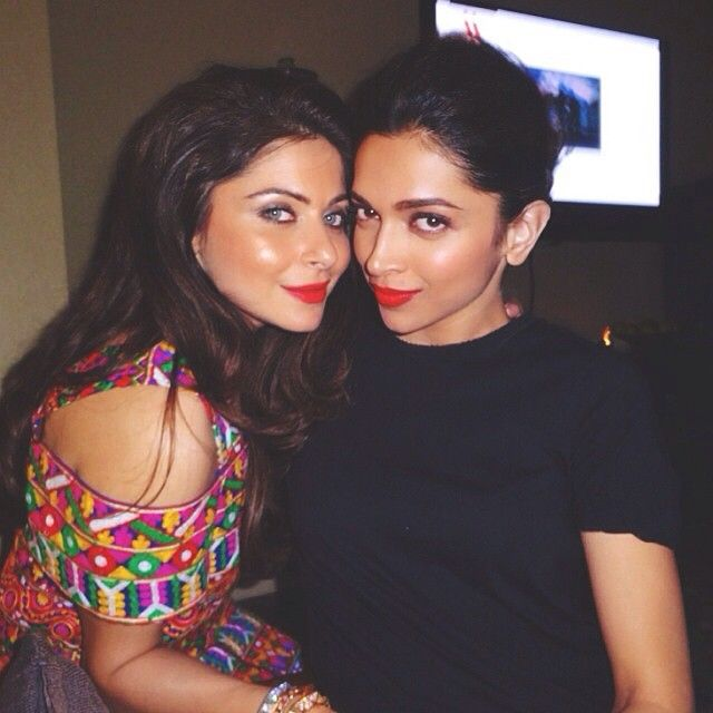 Deepika with the singer of lovely Kanika Kapoor