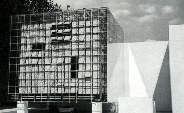 Oskar Hansen, Lech Tomaszewski and Stanisław Zamecznik, model of their proposed extension to the Zachęta Gallery in Warsaw, 1958 (Source: Ciam '59 in Otterlo. Documents of Modern Architecture, Hilversum, 1961).