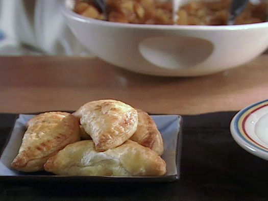 Individual Fruit Compote Pies recipe from Alton Brown