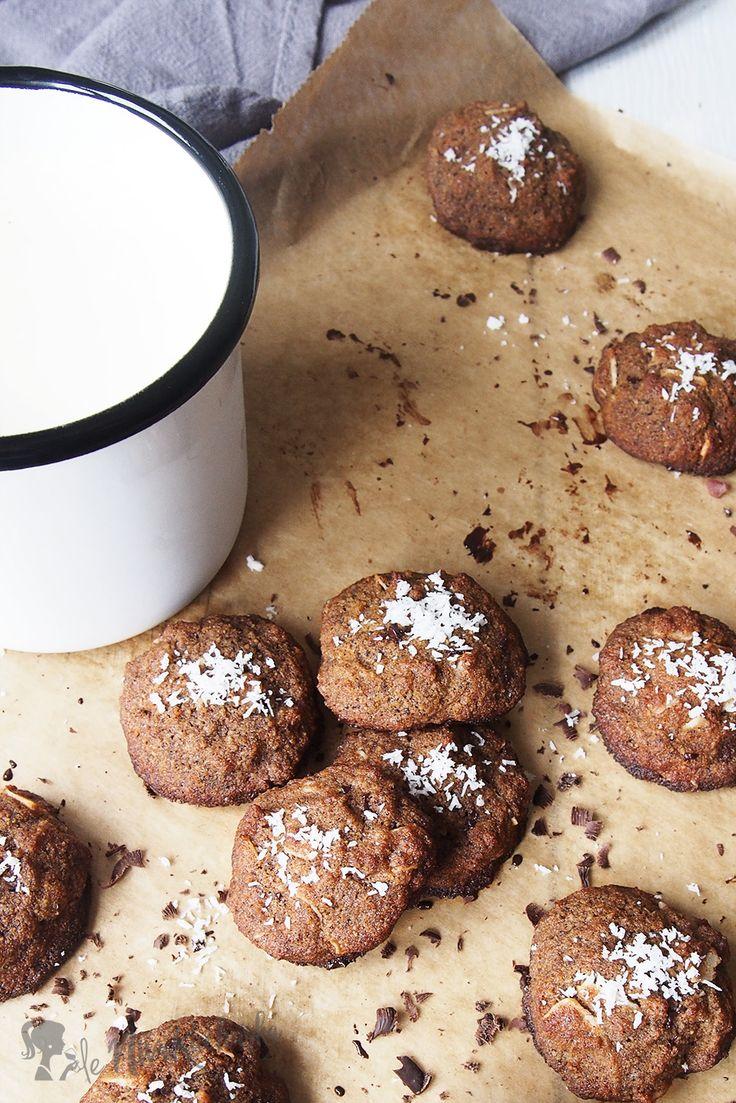 Bezlepkove kokosove susienky - Skúste si upiecť tieto bezlepkové kokosové sušienky ku káve či čaju, krpcom ich tajne pridajte ako prídavok k desiate alebo ich šupnite na tanier a vezmite do práce. Radosť, ktorú vyvoláte, je zaručená!