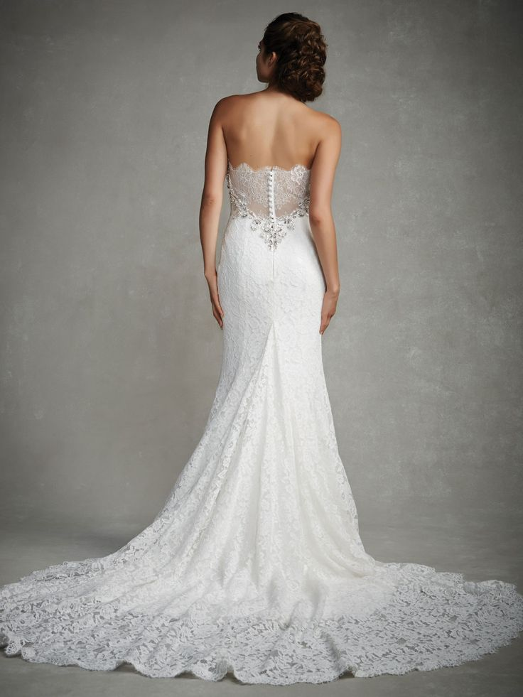 Style * JULIANA * » Enzoani 2015 Collection » by Enzoani » Available Colours : Ivory ~ Shown Sweetheart Neckline with gorgeous Beading Embellishments & Lace Illusion Back (back)
