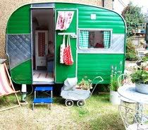 Green Vintage caravan: Vintage Trailers, Idea, Old Campers, Vintage Caravan, Plays House, Playhouses, Travel Trailers, Kid, Vintage Campers