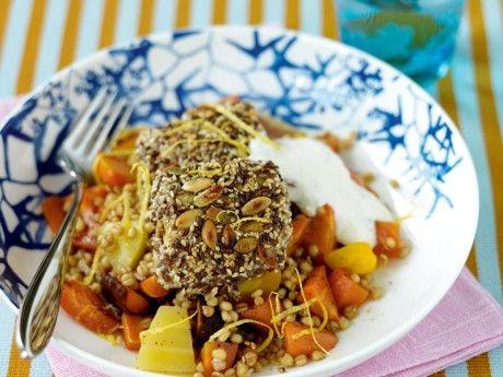 Fröad fisk med rostade morötter och citron- yoghurt Receptbild - Allt om Mat