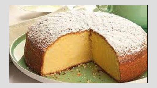La ricetta della torta al latte caldo da fare subito