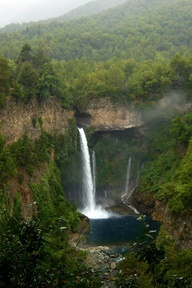 Velo de la Novia (Bride's Veil) Waterfall, Parque Inglés is part of the Radal de las Siete Tazas National Park in the Andes east of Curicó and Molina in the Maule region, Chile