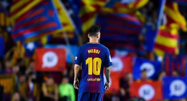 http://football.notatky.com.ua/messi-rojff/