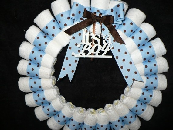 Diaper Wreath It's A Boy by yout8kthecake on Etsy, $38.50