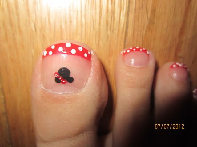 Disney Nails - pictures (warning: pictures of feet included)