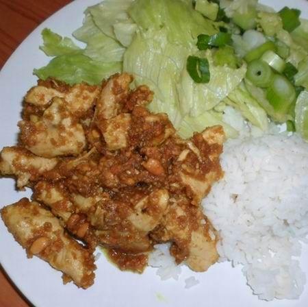 Egy finom Mogyorós csirke ebédre vagy vacsorára? Mogyorós csirke Receptek a Mindmegette.hu Recept gyűjteményében!