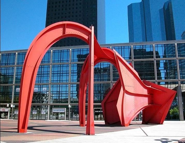 Alexander Calder in Paris