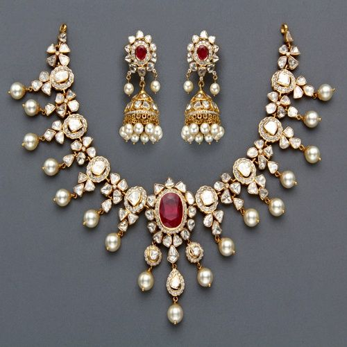 Uncut diamond necklace and earrings with rubies and pearls