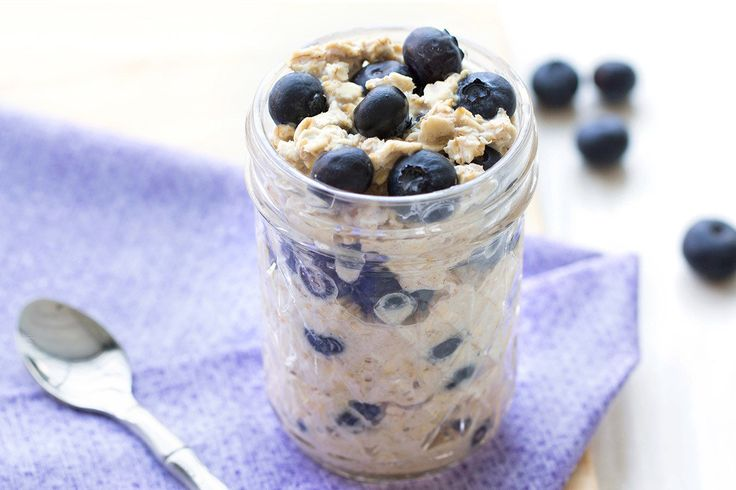 Hungry Girl's Healthy Blueberry Muffin Overnight Oats Recipe