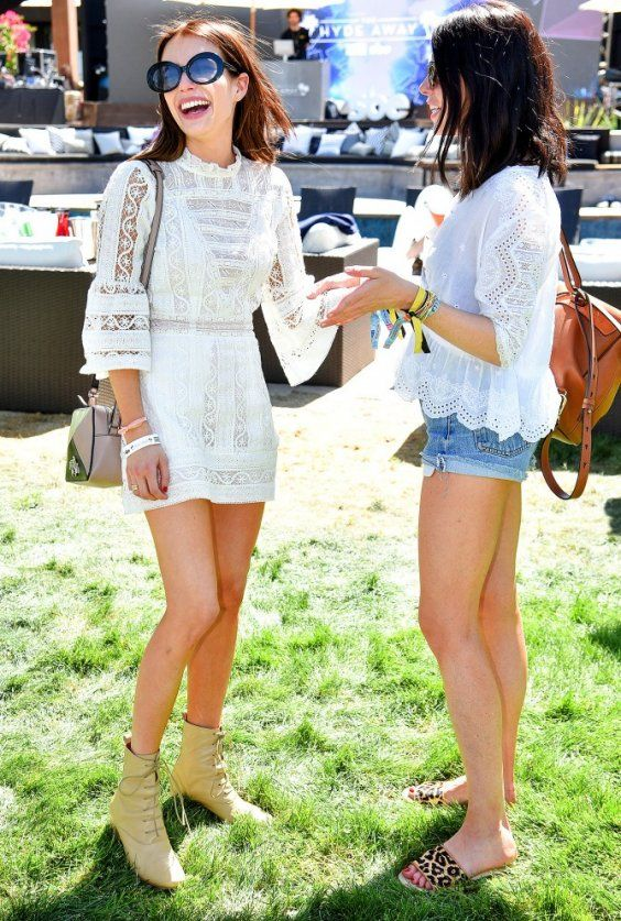 You Can T Go Wrong With White Lace Dresses At Coachella What To Wear 2018 Top Outfit Ideas