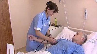 euMEDICINA: Všichni pacienti žádají injekci proti bolesti ve s...