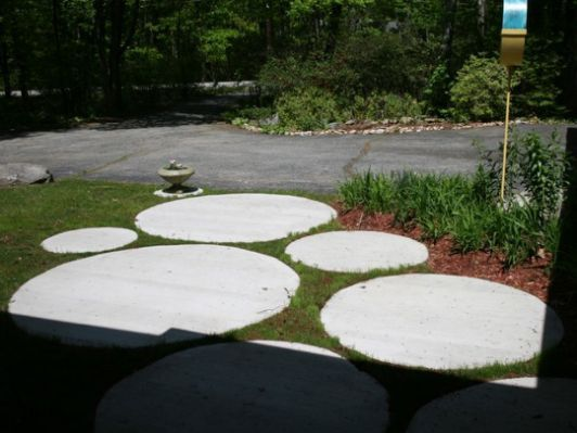 round pavers | Outdoor spaces |