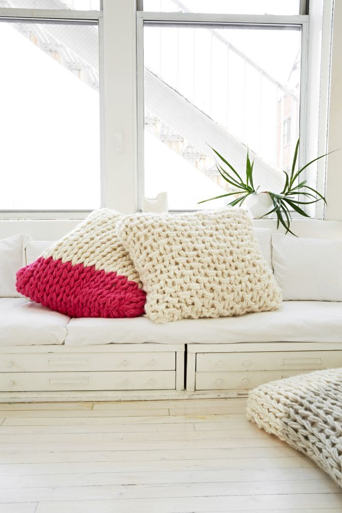 Oversized Pillows|  Arm Knitting Patterns from Knitting Without Needles by Anne Weil