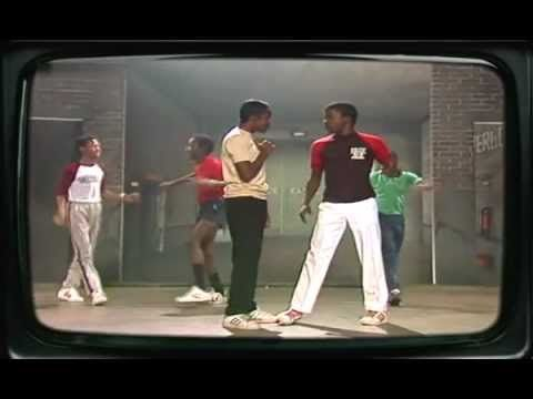 Classic version of the song that had me hooked to NE (Ralph) for life!!! New Edition - Candy Girl 1983