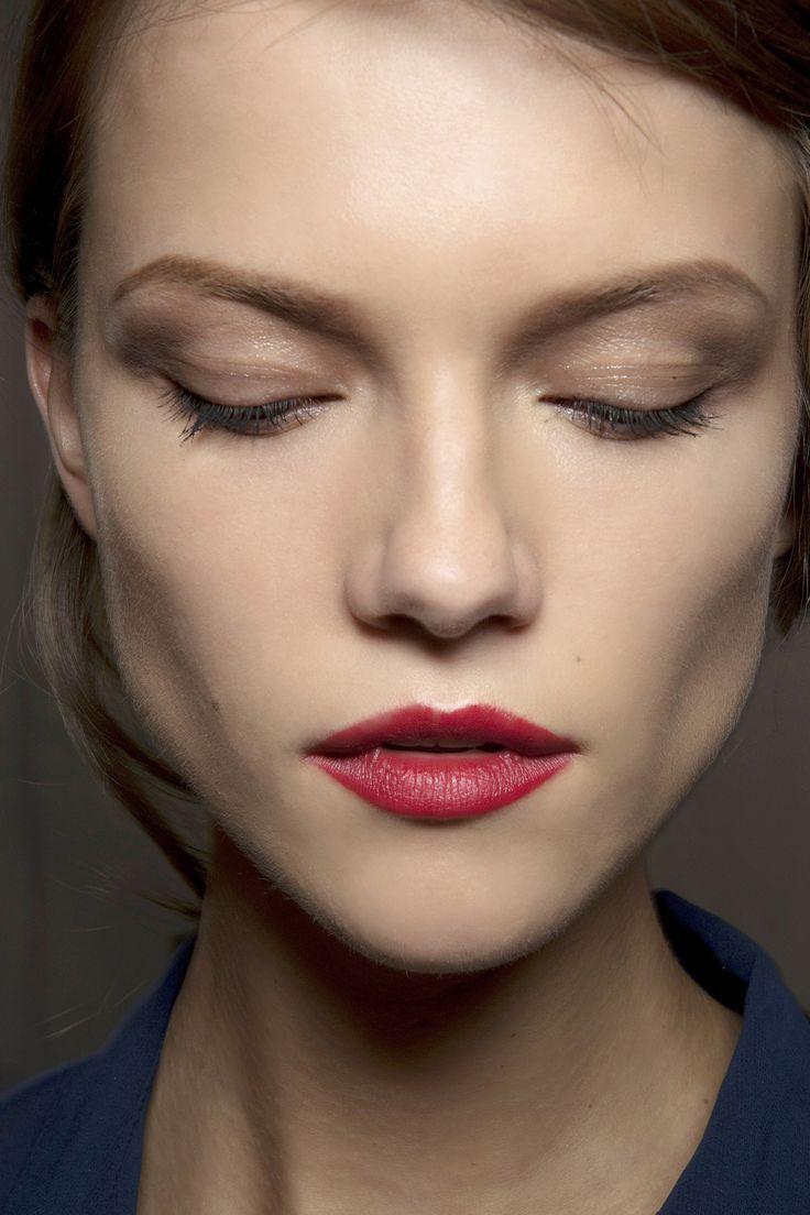 Onderkin? Grote neus? Bolle wangen? De tips! « StyleToday - Fashion & Beauty