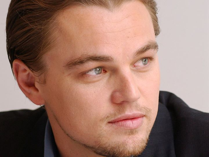 Dicembre 2004: Leonardo DiCaprio durante la conferenza stampa di #TheAviator a Los Angeles. #fashion #style #stylish #love #me #cute #photooftheday #nails #hair #beauty #beautiful #design #model #dress #shoes #heels #styles #outfit #purse #jewelry #shopping #glam #cheerfriends #bestfriends #cheer #friends #indianapolis #cheerleader #allstarcheer #cheercomp  #sale #shop #onlineshopping #dance #cheers #cheerislife #beautyproducts #hairgoals #pink #hotpink #sparkle #heart #hairspray #hairstyles…