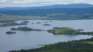 Objek Wisata Danau Sentani Jayapura Papua   Vacation to Indonesia