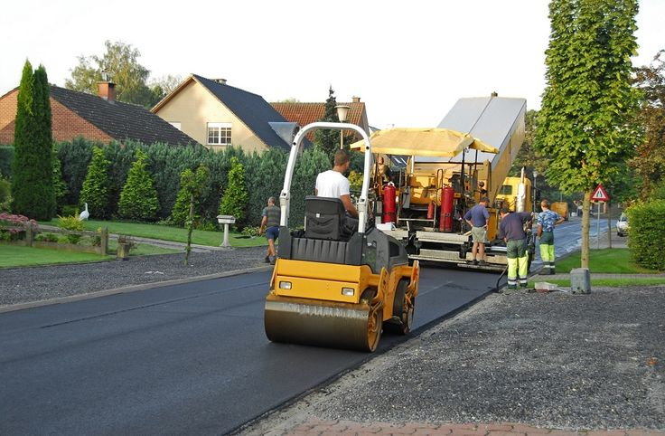 Our residential asphalt contractor has been providing exceptional services to the Turlock, CA residents for years. Call us at: (209) 206-9870!