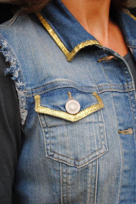 Veste en jean customisée pr ref de la peinture