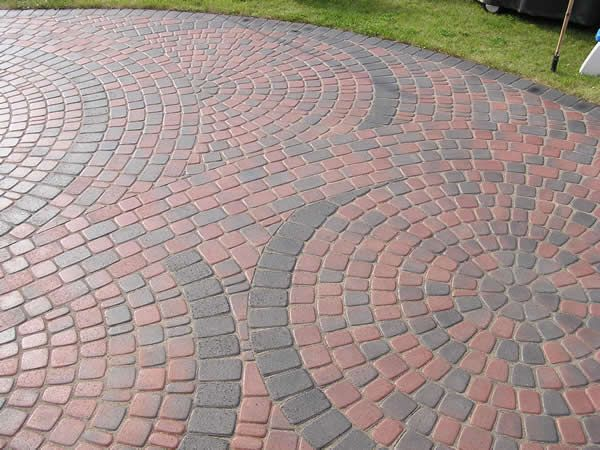 Find This Pin And More On Brick Patio Installation By Lannienorfelt.