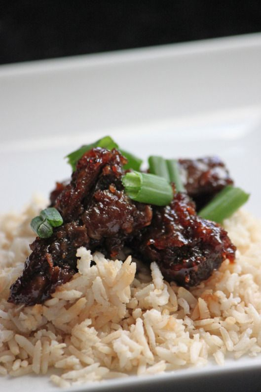 mongolian beef 2 teaspoons olive oil ½ teaspoon ginger, minced 1 tablespoon garlic, chopped ½ cup soy sauce ½ cup water ½ cup coconut sugar coconut oil , for frying (about 1 cup) 1 lb flank steak (gras feed if po ¼ cup cornstarch 2 large green onions, chopped