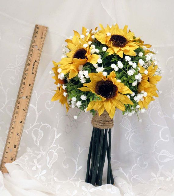 Sunflower Toss Bouquet Small Made to Order by SouthcastleCreations