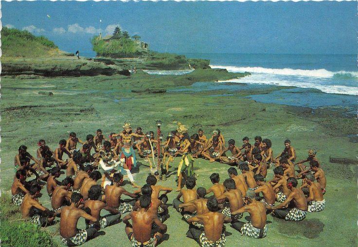 B44474-Indonesia-Bali-Kecak-dance.jpg (1600×1103)
