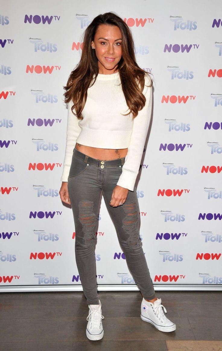 "#London Michelle Heaton – ""NOW TV"" Pop-Up Troll Beauty Salon VIP Launch in London 09/02/2017 | Celebrity Uncensored! Read more: http://celxxx.com/2017/09/michelle-heaton-now-tv-pop-up-troll-beauty-salon-vip-launch-in-london-09022017/"