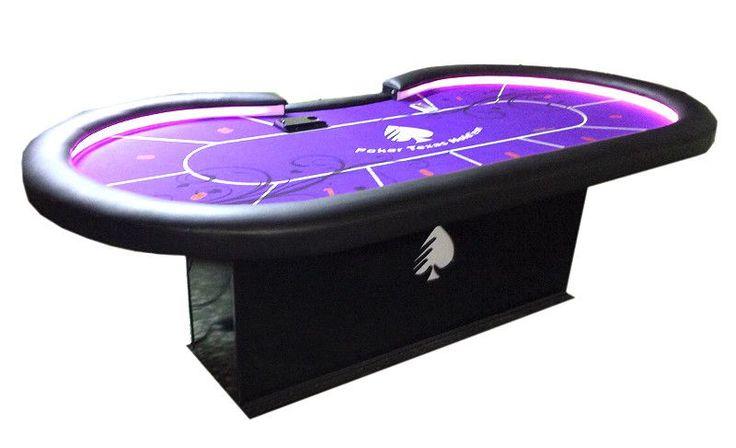 Mesa de poker totalmente hecha a mano de forma artesanal. Reposa brazos en polipiel, color a elegir, tapete personalizado, luces, ranura...
