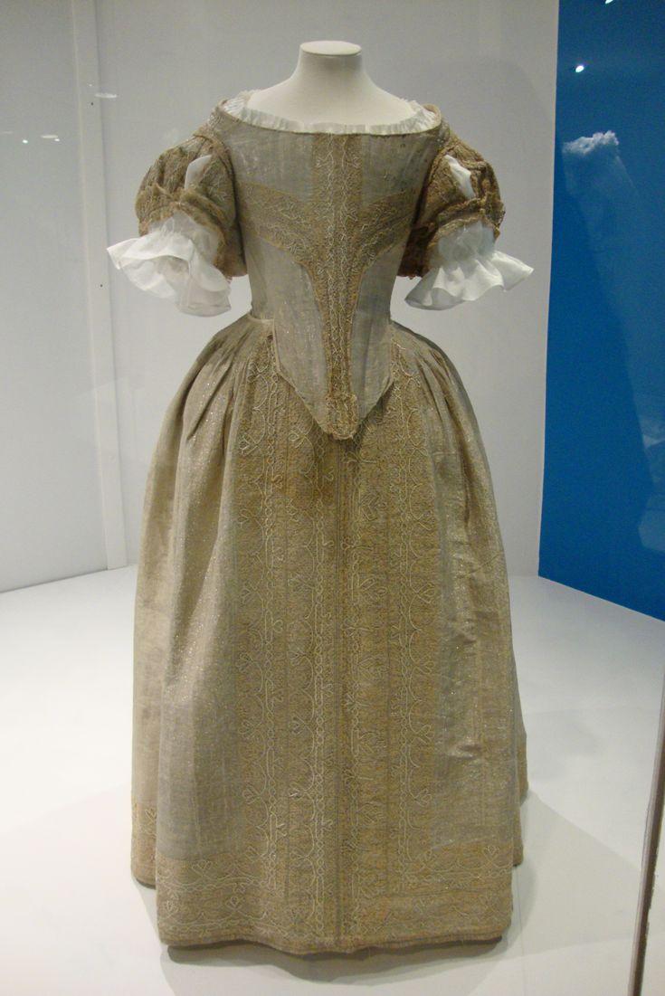 English Court Dress: ca. 1660's, silver tissue. (Fashion Museum, Bath.)