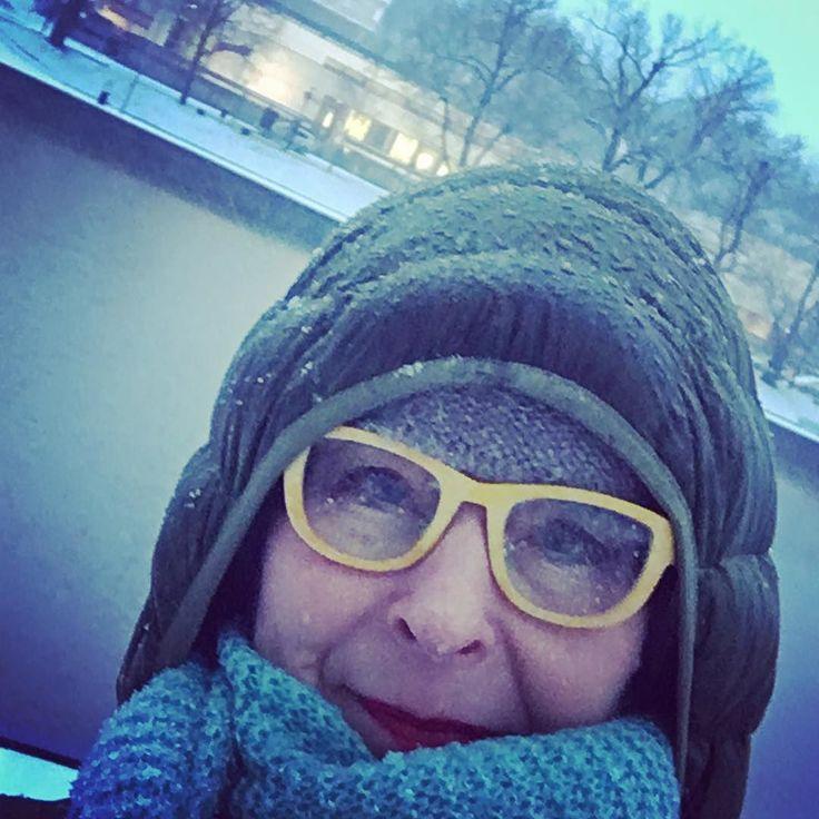 Hei Turku! Täällä on märkä myrsky. Käy iholle.