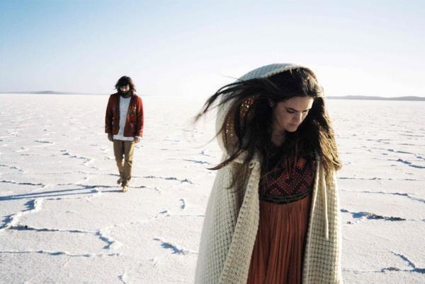 angus & julia stone.