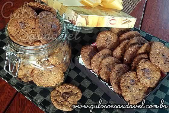 Receita de Cookies de Aveia e Chocolate Amargo