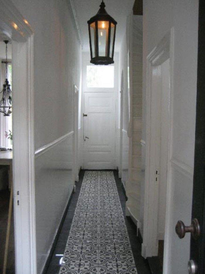 25 beste idee n over smalle gang decoratie op pinterest smalle ingang smalle gangen en - Behang ingang gang ...