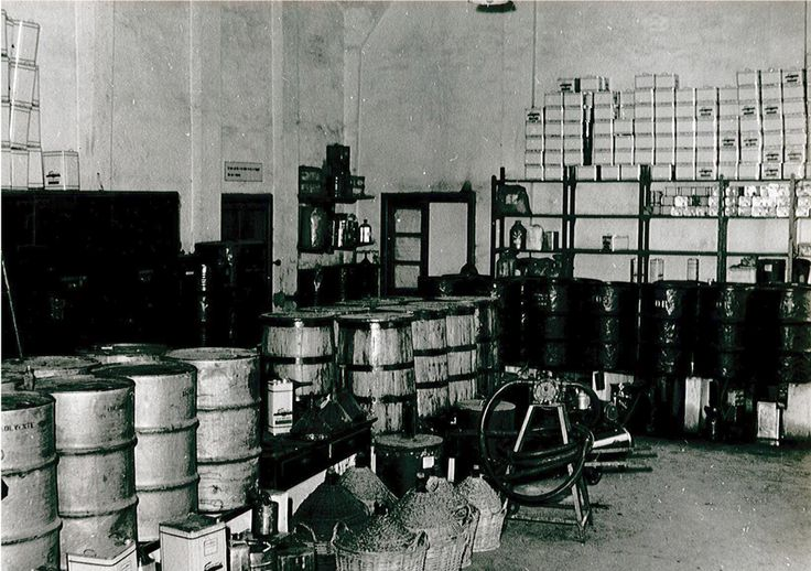 #Colors in... #blackandwhite! #B&W #vintage #picture #factory #paints #varnishes