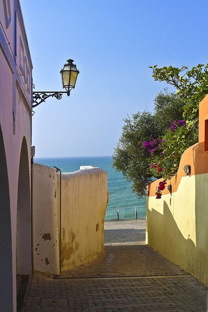 Picturesque streets of Albufeira, Algarve Coast, Portugal (by sykerabbit77).
