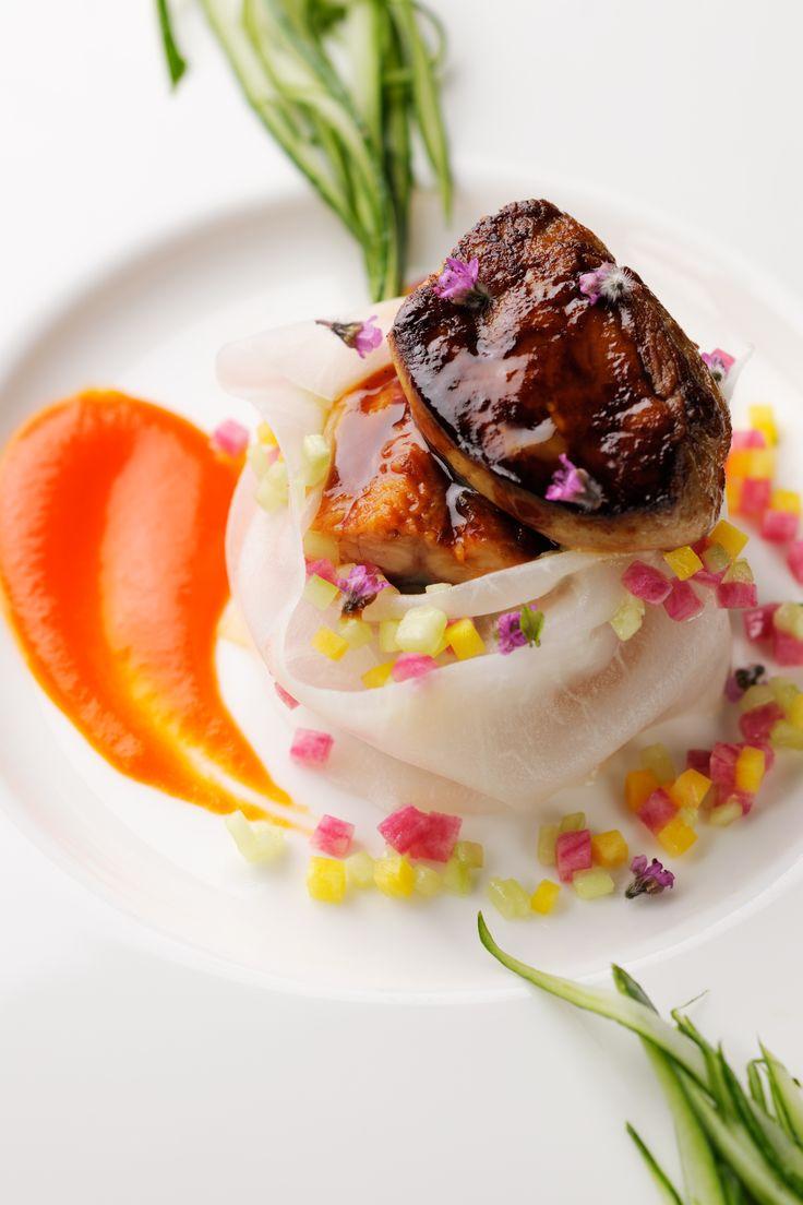 2014ウエディングセレクトメニュー│鰻のマデラ酒煮と大根のコンソメ煮 蕪包み 香ばしいフォワグラのポワレ