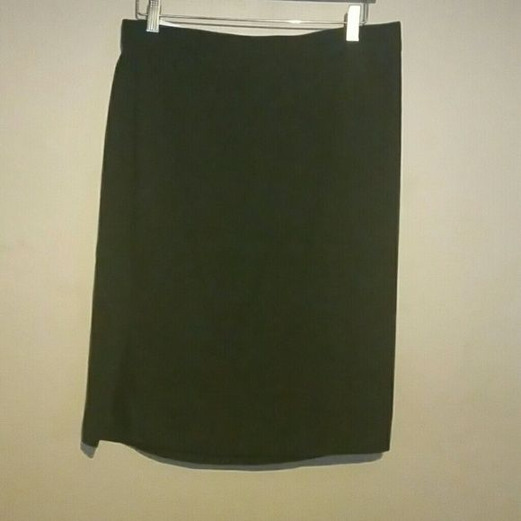 black mid knee skirt boutique ea and to work