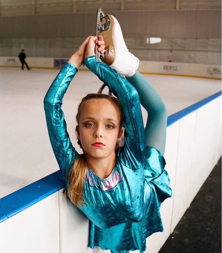 @iceskatingtwins  #  @ugomangin  #ilovemimili #figureskating #syncroskating #syncronizedskating #worldfigure #iceskating #patinageartistique