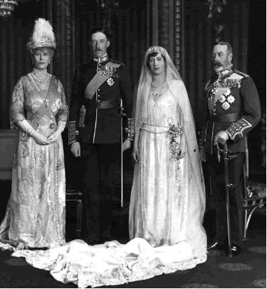 Princess Victoria and Viscount Lascelle, 1922: Princesses Mary, King George, Viscount Lascell, Queen Victoria, Princess Mary, Wedding, Princesses Royals, Queen Mary, Daughters
