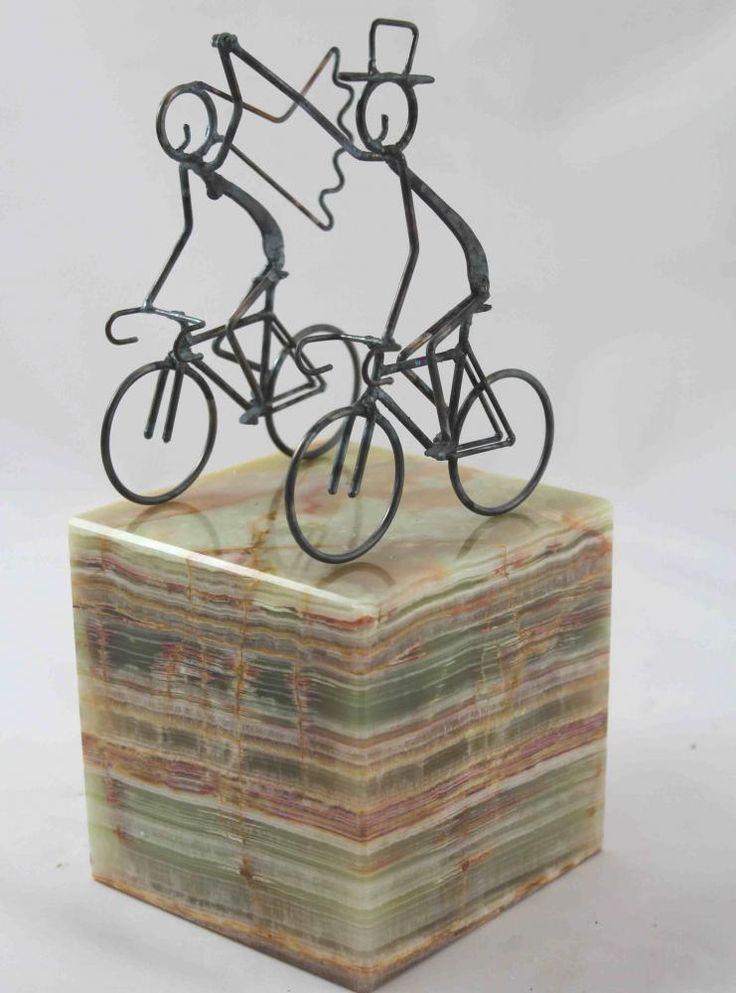 how to make a bike cake topper