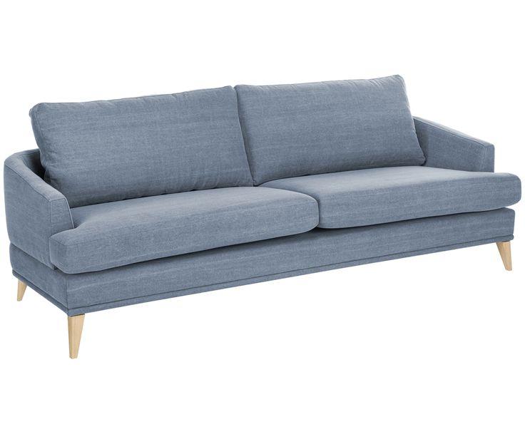 Peppen Sie zeitloses und schlichtes Design mit kräftigen Farben auf! Der hellblaue Stoffbezug macht Sofa TENDER zum Hingucker in Ihrem Wohnzimmer. Die hölzernen Sofabeine aus Eichenholz verleihen dem gemütlichen 2-Sitzer einen Hauch skandinavisches Flair.