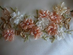 How to make a FIVE PETAL FLOWER  ( or Gathered Ribbon Flower )  A very simple flower to add to your list of achievements.   P...