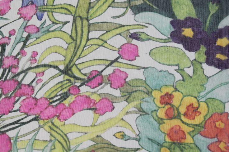 Liberty Of London Bloomsbury Crinkle Chiffon - Annas Garden White
