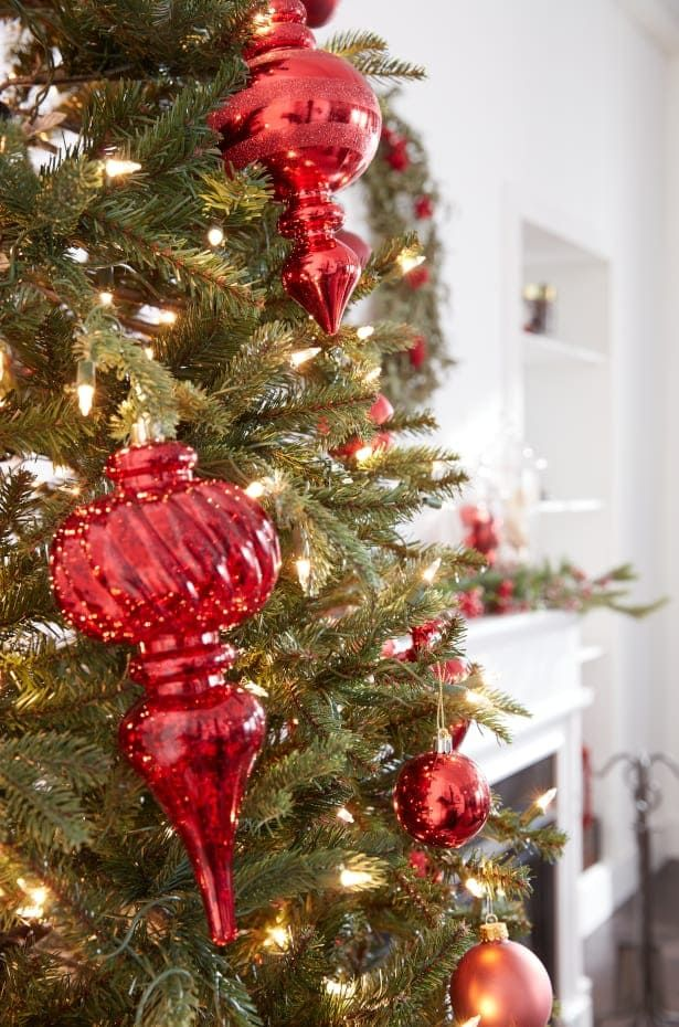 7 Pro Tips for Decorating Your Christmas Tree | Overstock.in