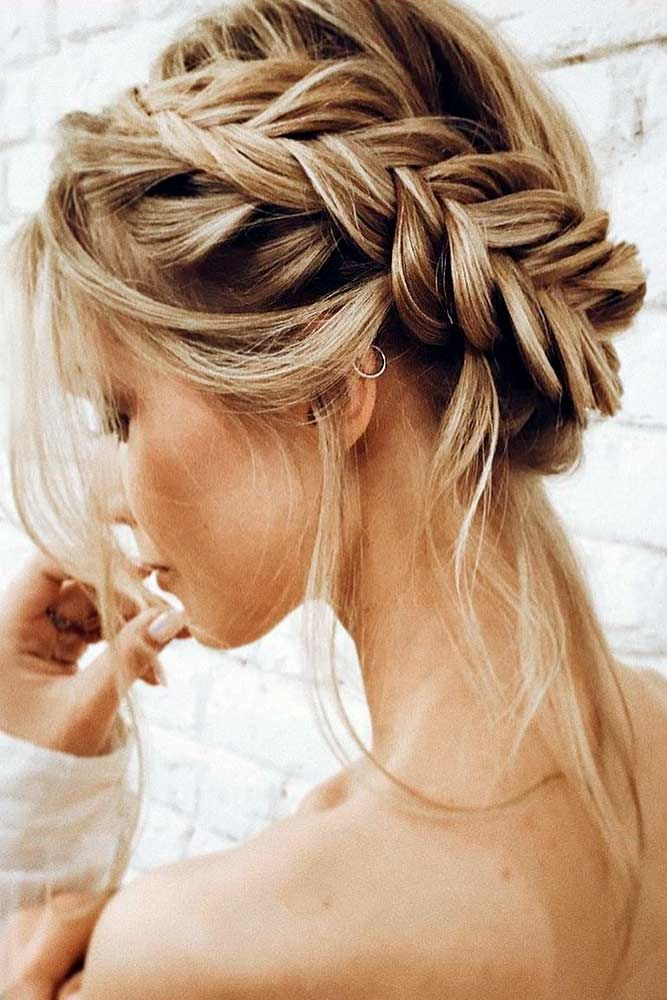45 Easy Hairstyles For Spring Break ,  Brit Cole